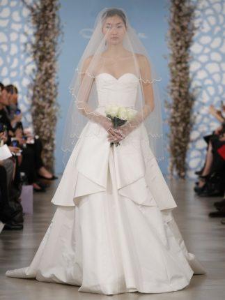 Abito sposa con le perle Oscar de la Renta 2014