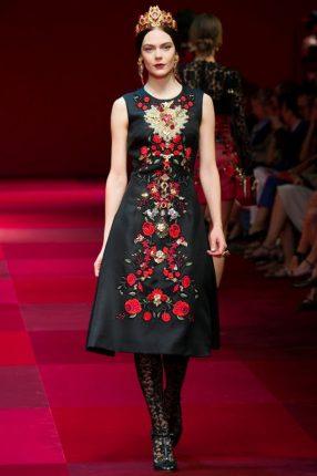 Abito svasato Dolce & Gabbana primavera estate 2015