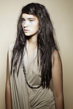 Acconciatura originale capelli lunghi1