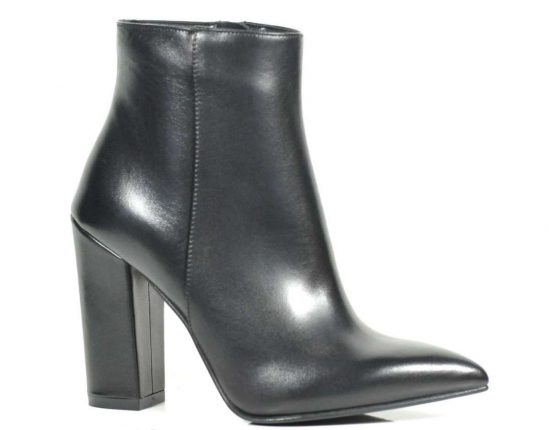 Ankle boot a punta Albano