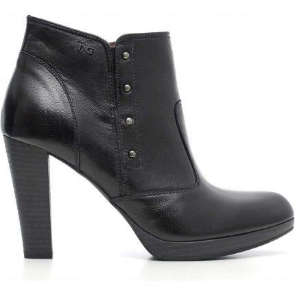 Ankle boot con borchie Nero Giardini autunno inverno 2017