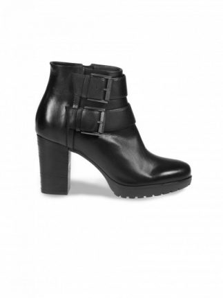 Ankle boot con fibbie Janet & Janet scarpe autunno inverno 2015