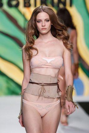Bikini a fascia cipria Miss Bikini estate 2013