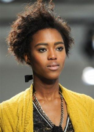 Capelli in stile afro tagli capelli donna primavera estate 2015