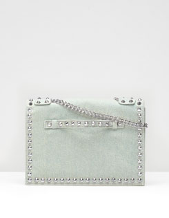 Clutch con catenella Stradivarius primavera estate 2013