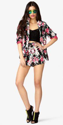 Completo blaser shorts floreale
