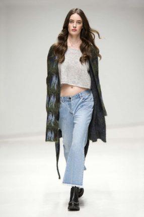 Crop top e jeans ampi Stefanel autunno inverno 2017
