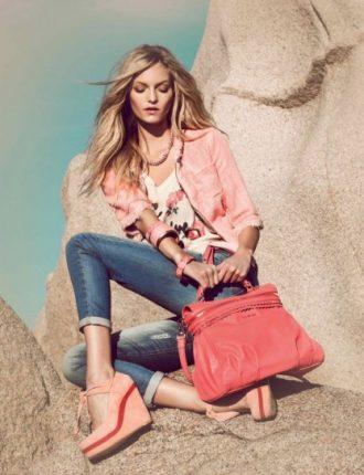 Giacca rosa e jeans slim Twin Set primavera estate 2013