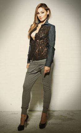 GIacchino in jeans e pizzo Coconuda collezione autunno inverno 2013 2014