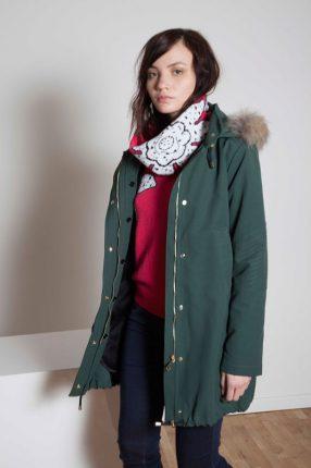 Giubbotto con cappuccio Annie P autunno inverno 2015