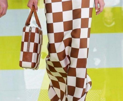 Louis Vuitton handbag a quadri marroni e bianchi