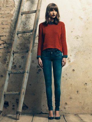 Maglione rosso Fornarina autunno inverno 2015