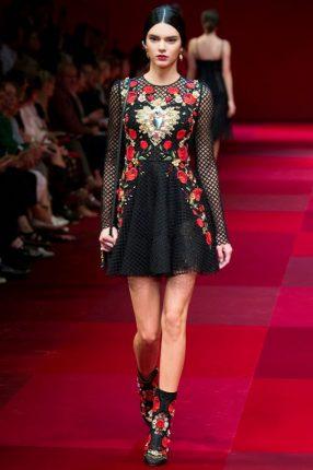 Mini abito con ricami Dolce & Gabbana primavera estate 2015