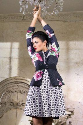 Minidress e giacca stampata Rinascimento primavera estate