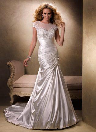 Moda sposa abiti a sirena