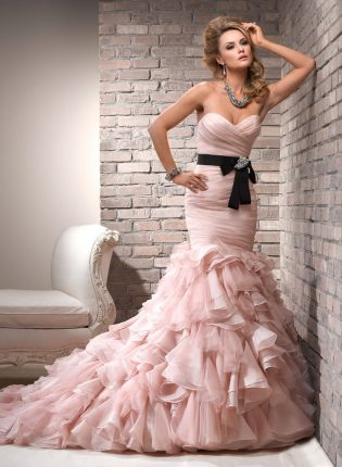 Moda sposa abiti rosa