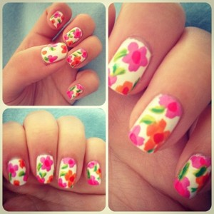 Nail art unghie fiori decorativi 2013