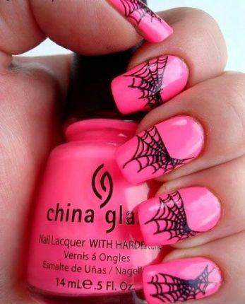 Nail art con ragnatela glam unghie Halloween