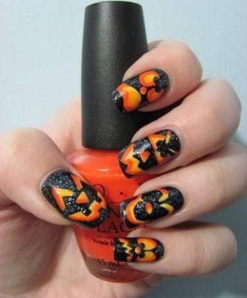 Nail art con zucche unghie Halloween