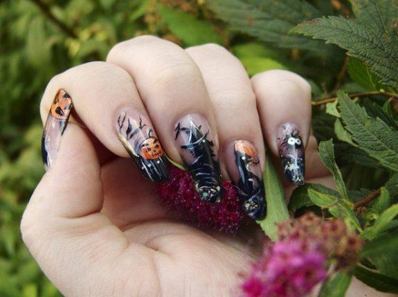 Nail art di Halloween