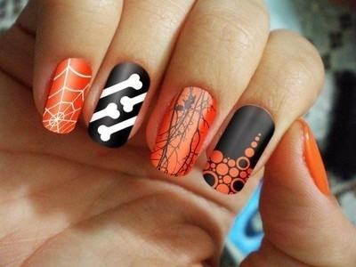 Nail art Ossa e ragnatele unghie Halloween