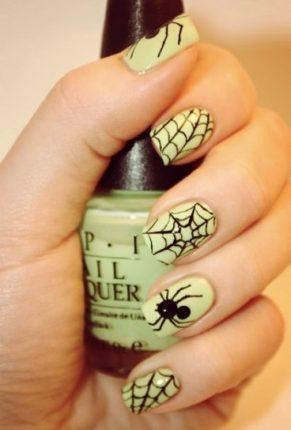 Nail art ragnatele unghie Halloween