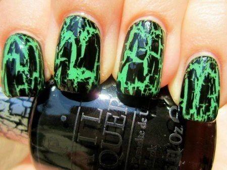 Nail art verde strega unghie Halloween