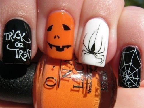 Nail art zucche e ragnatele unghie Halloween