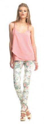 Pantalone a fiori e top rosa Fornarina primavera estate 2013