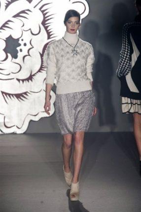 Paola Frani autunno inverno 2013 2014 maglione collo alto