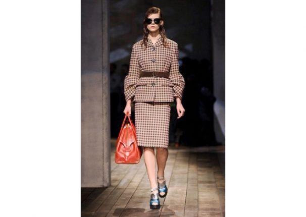Prada collezione autunno inverno 2013 2014 tailleur clasico