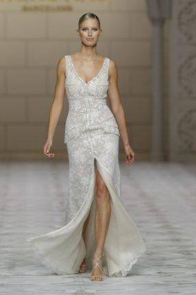 Pronovias 2015 abito sposa con spacco centrale