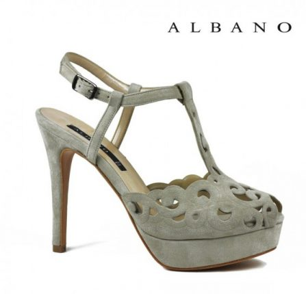 Sandalo in suede avorio traforato Albano primavera estate