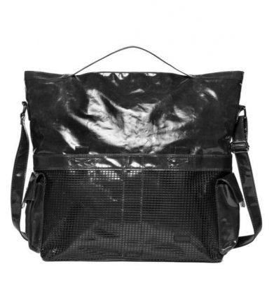 Shopper nera lucida con inserti mesh Sisley autunno inverno 2017