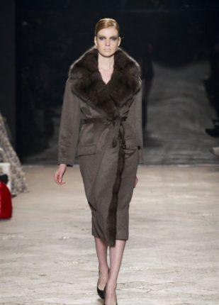 Simonetta Ravizza collezione autunno inverno 2013 2014 capotto con pelliccia