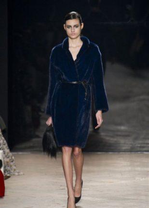 Simonetta Ravizza collezione autunno inverno 2013 2014 pellicciotto blu