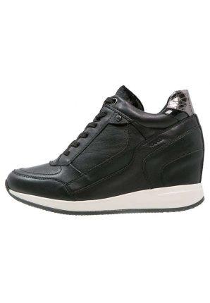 Sneakers nere con zeppa Geox autunno inverno 2017
