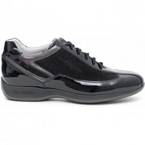Sneakers vernice Nero Giardini scarpe autunno inverno 2015