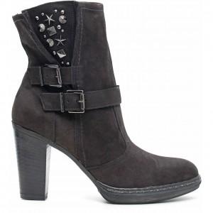 Stivaletti con borchie Nero Giardini scarpe autunno inverno 2015