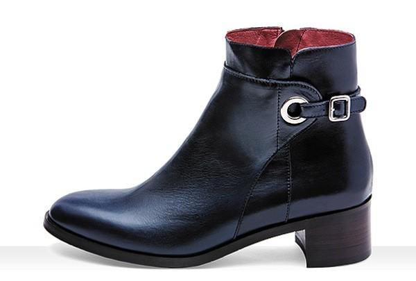 Stivaletti neri con fibbia Frau scarpe autunno inverno 2014 2015