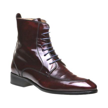 Stivaletti stringati in pelle lucida Bata scarpe autunno inverno 2015