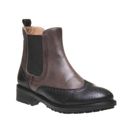 Stivali in pelle traforata Bata scarpe autunno inverno 2015