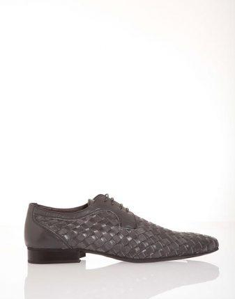 Stringate nere con lacci Pittarello scarpe autunno inverno