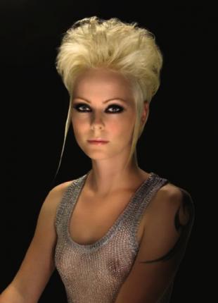 tagli-capelli-corti-2013-acconciature-mosse