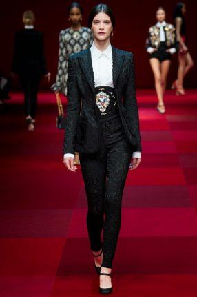 Tailleur Dolce & Gabbana primavera estate 2015