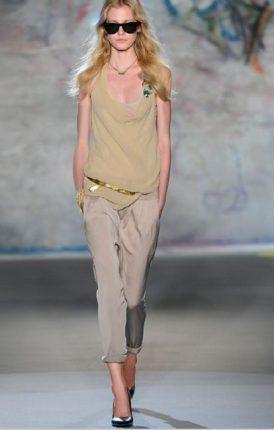 Top-e-pantaloni-Patrizia-Pepe-collezione-primavera-estate-2013