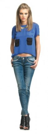 Top con taschine e jeans Fornarina primavera estate 2013