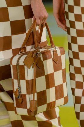 Tote caramello e bianco Louis Vuitton primavera estate 2013