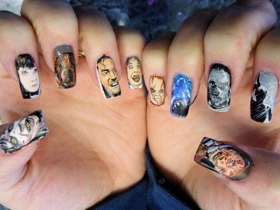 Unghie con personaggi dei film horror nail art Halloween