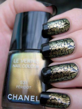 Unghie effetto serpente nail art Halloween